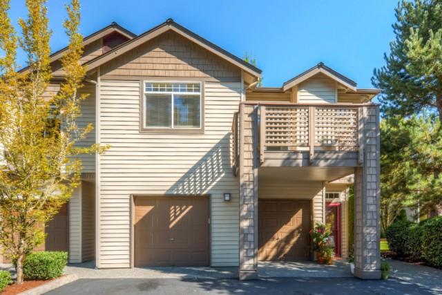 Pool property for sale at 17736 134th Lane SE G2, Renton Washington 98058