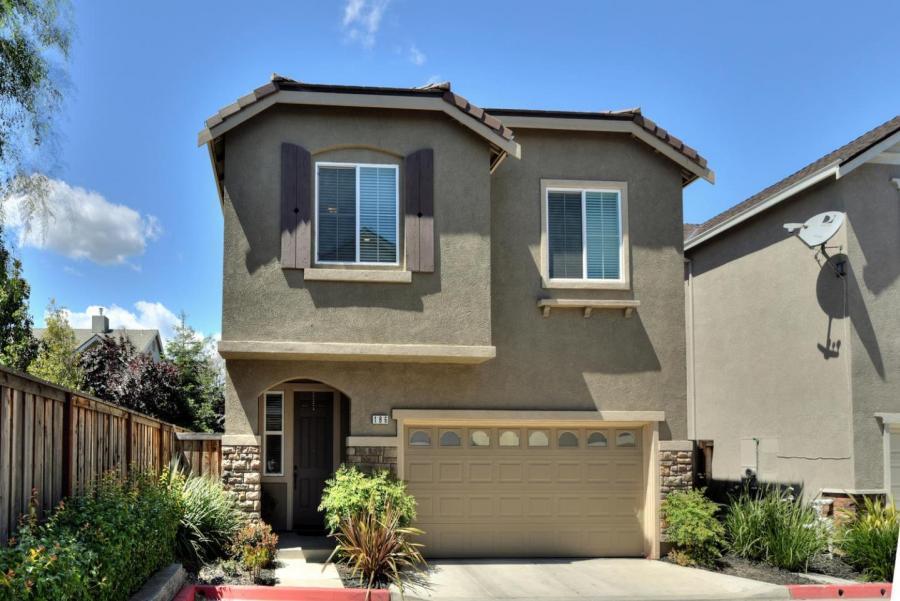 186 Sturla WAY, Gilroy, California