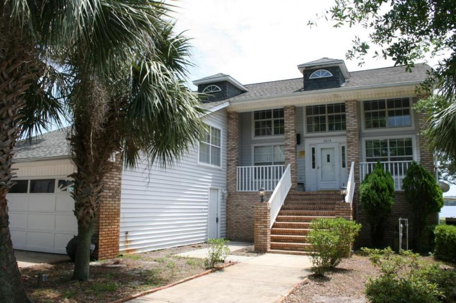 One of Navarre 3 Bedroom Waterfront Homes for Sale