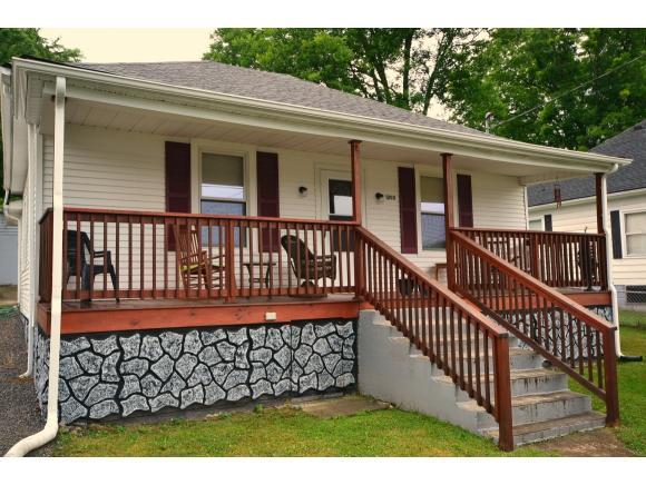 1202 Golf St, Bristol in SULLIVAN County, TN 37620 Home for Sale